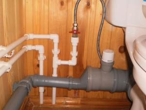 Система труб и сантехнических приборов