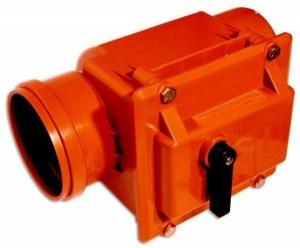 Клапан обратный в канализационных коммуникациях