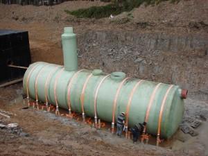 Резервуар для перераспределения сточных вод