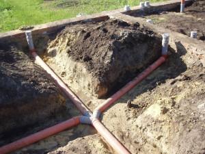 При выборе канализационных труб для стока воды обратите внимание на внутренний диаметр и толщину стенки